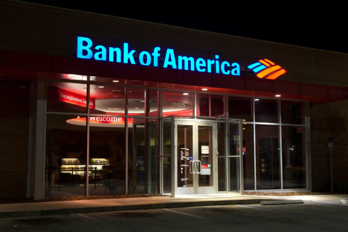 88-bank-of-america-at-night